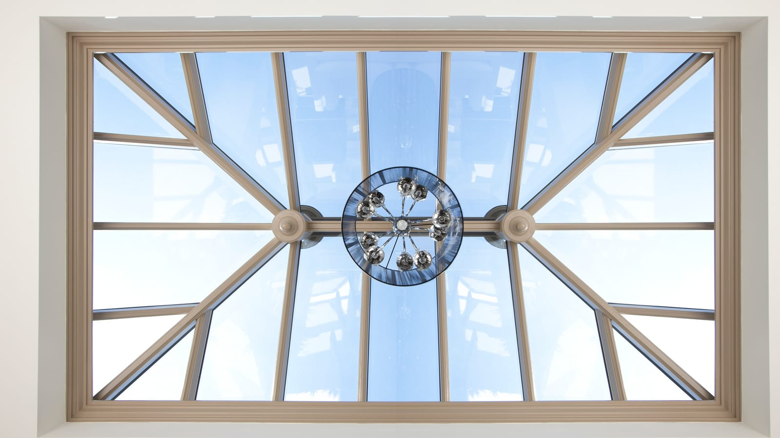 View from below a retangular roof lantern