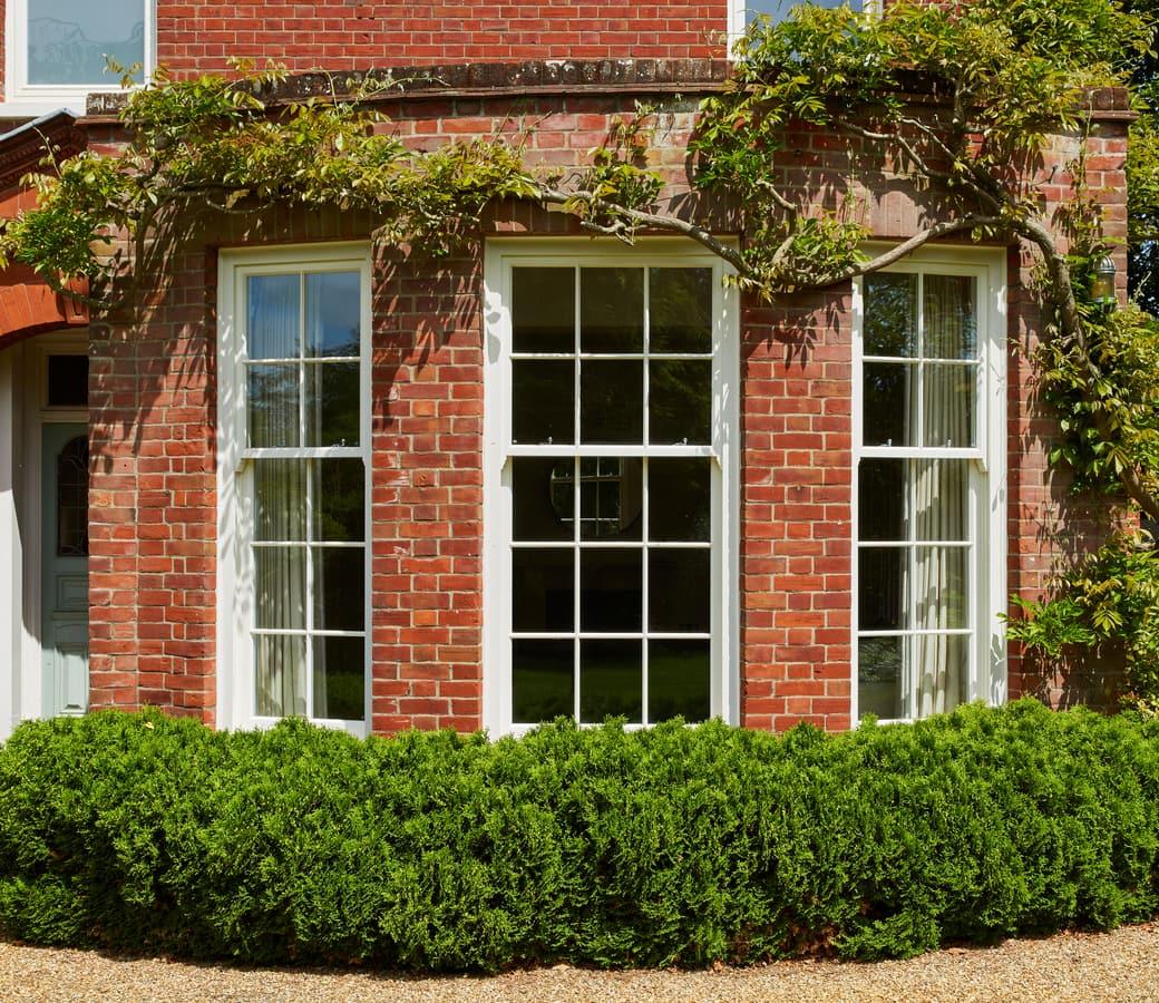 Box Sash Windows fit with original Edwardian bay features