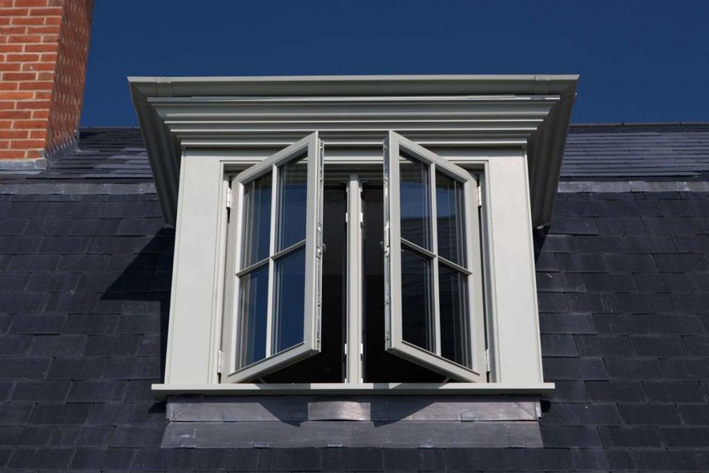 Side hung butt hinge window