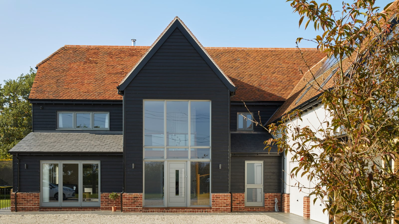modernised-timber-framed-barn-new-build-house