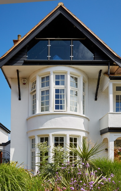 accoya-wood-white-casement-bay-windows