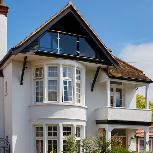 seaside-home-timber-casement-windows-doors