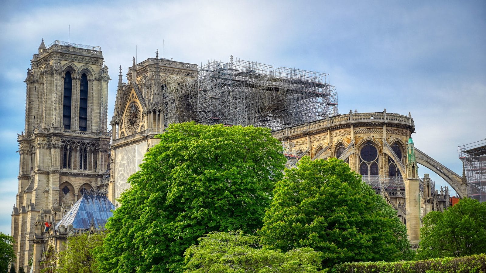 Gensler unveils light-filled design for temporary Pavillon Notre-Dame