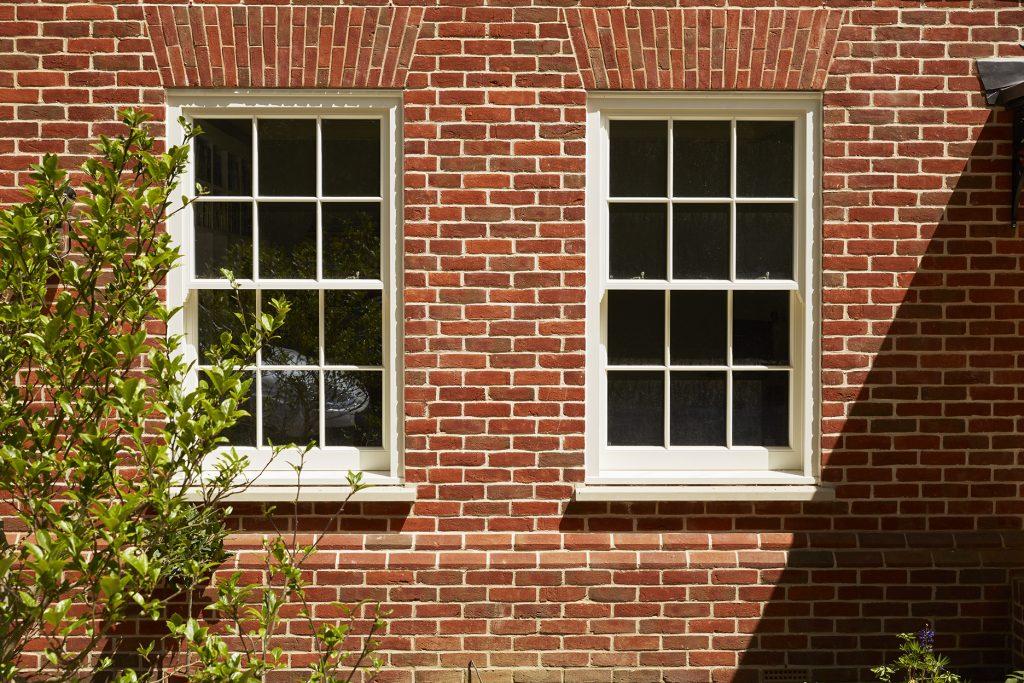 a spring balanced sash window to compare against a box sash window