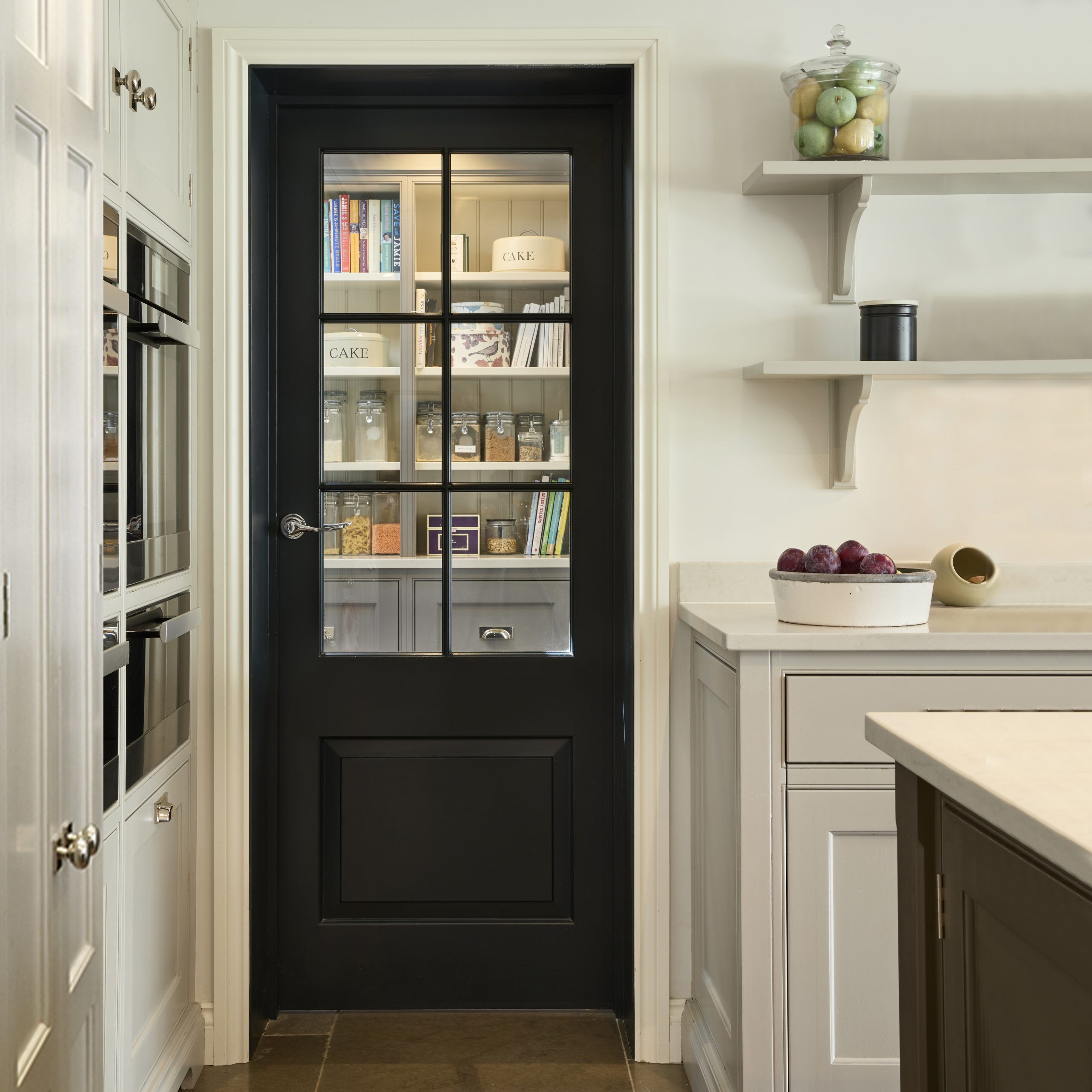 Elegant Kitchen Pantry Ideas – How to design the perfect pantry